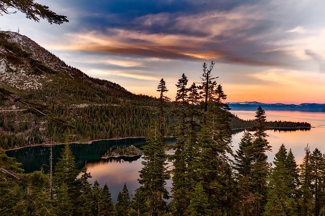 Потрясающий вид на озеро Тахо в Калифорнии, США