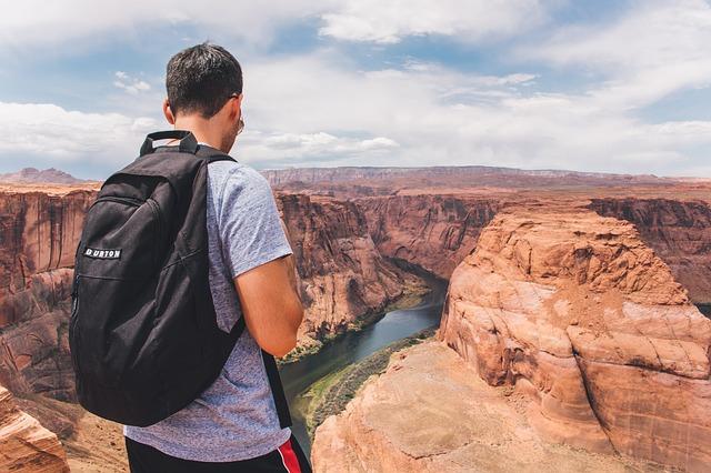 Панорама Гранд-Каньона в США, штат Аризона